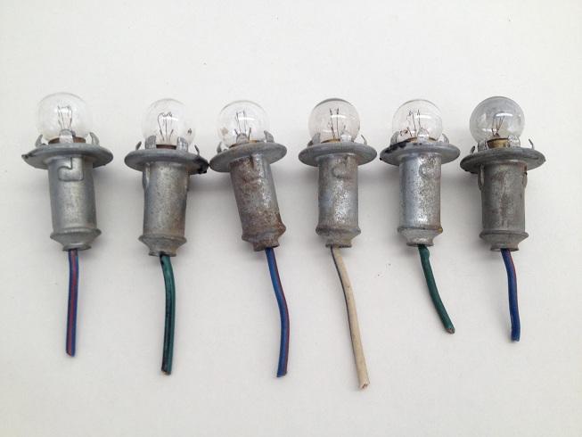 Early Bronco Gauge Cluster Lightbulb Socket Set Image