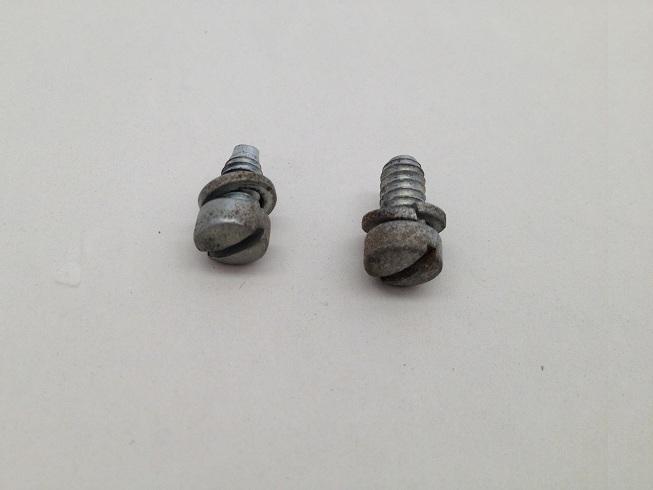 Speedometer Retention Screws & Washers Image